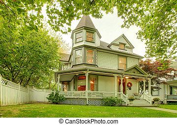 bonito, casa, northwest., americano, histórico, exterior.