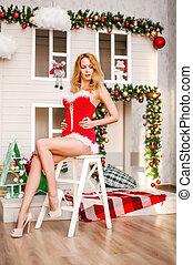 bonito, claus, longo, santa, excitado, menina, pernas, vestido, vermelho