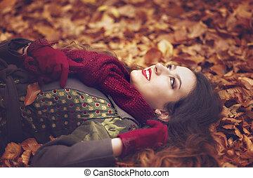 bonito, conceito, jovem, outono, parque, mulher