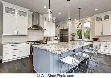 bonito, cozinha, em, repouso luxuoso, interior, com, ilha, e, aço inoxidável, cadeiras