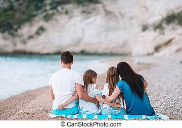 bonito, crianças, praia, família, feliz