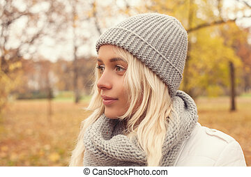 bonito, cute, andar, mulher, parque, outono, outono, outdoors., menina