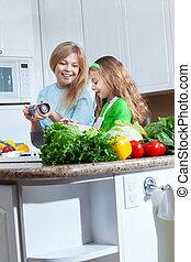 bonito, dela, cozinhar, jovem, mamãe, menina, vista, cozinha