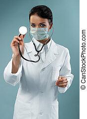 bonito, doutor, examinando, com, estetoscópio