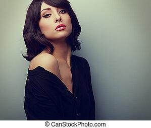 bonito, estilo, mulher, em, camisa, com, pretas, shortinho, hair., vindima, retrato