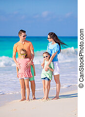 bonito, família, ter, muito, de, divertimento, praia