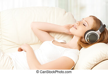 bonito, fones, música, lar, menina, desfrutando