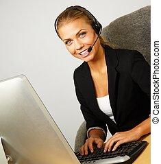 bonito, headset, mulher, ajuda, escritório, apoio, escrivaninha