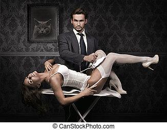 bonito, homem, ironing, atraente, morena