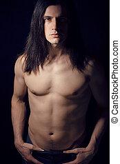bonito, homem jovem, com, cabelo longo, pelado, torso