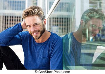 bonito, homem sorridente, com, barba