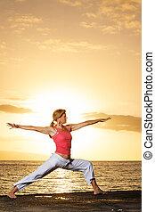 bonito, ioga, mulher, pôr do sol