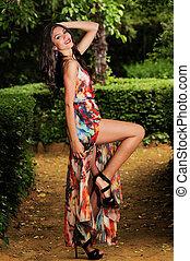 bonito, jardim, moda, jovem, mulher, modelo