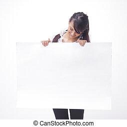 bonito, jovem, mulher negócio, mostrando, em branco, banner.