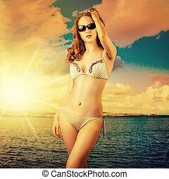 bonito, litoral, mulher sunbathing