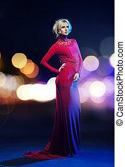 bonito, loiro, desgastar, um, vestido vermelho