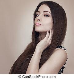 bonito, maquilagem, mulher, com, cabelo longo, looking., closeup, retrato arte