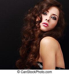 bonito, maquilagem, mulher, com, cabelo ondulado, olhar