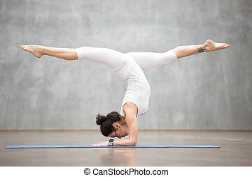 bonito,  mayurasana,  pincha, variação,  yoga: