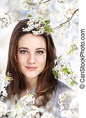 bonito, menina, com, florescer, árvore