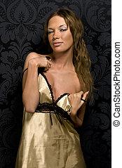 bonito, menina, em, ouro, roupa interior