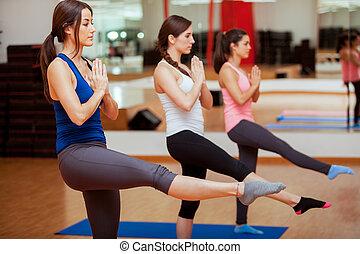 bonito, meninas, fazendo, algum, ioga