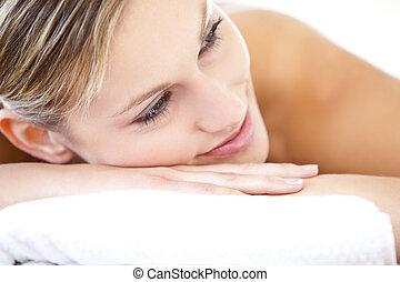 bonito, mentindo, tabela, massagem, mulher, close-up