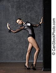 bonito, moda, sporty, dançar., ajustar, mulher jovem, modelo, posing.