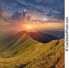 bonito, montanhas, outono, carpathian, paisagem