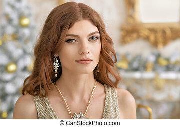 bonito, mulher jovem, com, jóia