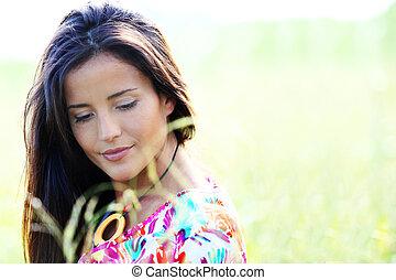 bonito, mulher jovem, em, natureza