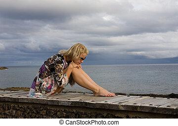 bonito, mulher, praia, assento