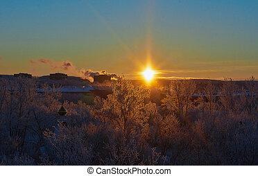 bonito, neva-coberto, inverno, town., sobre, amanhecer