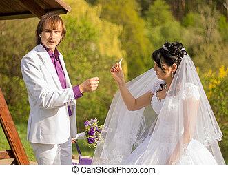 bonito, noiva, cigarro fumando