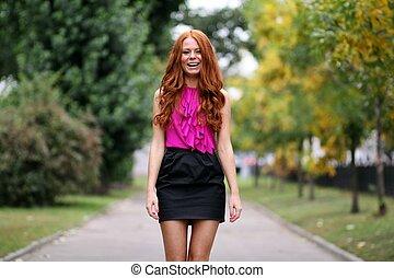 bonito, outono, park?, mulher, jovem