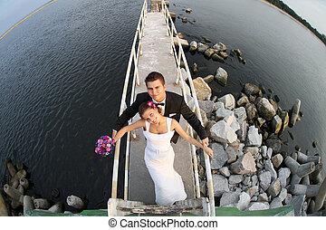 bonito, par, casado, jovem, mar