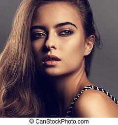 bonito, pensativo, mulher, com, dia, maquilagem, e, efeito, testas olho, olhar, mysteriously., closeup, toned, retrato