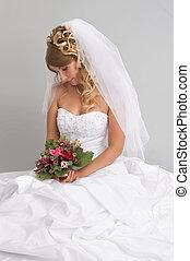 bonito, penteado, dela, buquet, mão, noiva, segurando, maquiagem, elegante