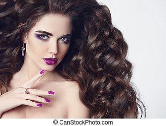 bonito, penteado, morena, nails., mostrar, violeta, makeup., soprando, hair., menina, jóia, roxo, isolado, longo, experiência., branca, mulher, beleza, portrait., manicure, precioso, modelo, moda