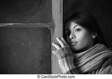 bonito, retrato, janela, mulher