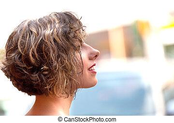 bonito, retrato, mulher, jovem, ao ar livre