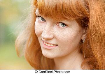 bonito, retrato, mulher, jovem, vermelho-haired