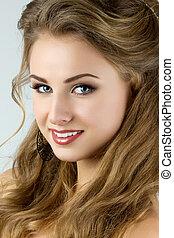 bonito, retrato, mulher sorridente, jovem