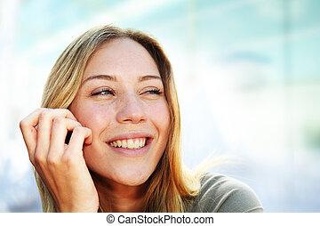 bonito, retrato, mulher sorridente, loura