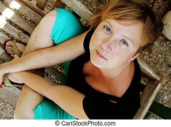 bonito, retrato, mulher, vermelho-haired