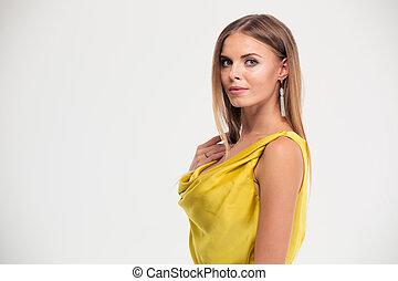 bonito, retrato, mulher, vestido, amarela
