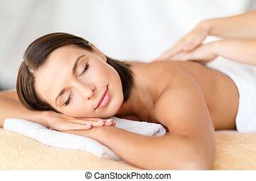 bonito, salão, mulher, obtendo, spa, massagem