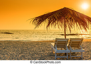 bonito, sol, loungers., tinted., par, praia, vazio