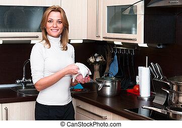 bonito, sorrir feliz, mulher, em, cozinha, interior., uma...