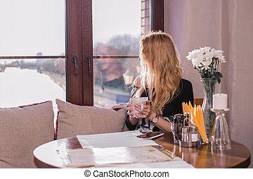 bonito, tabela, menina, café, sentando